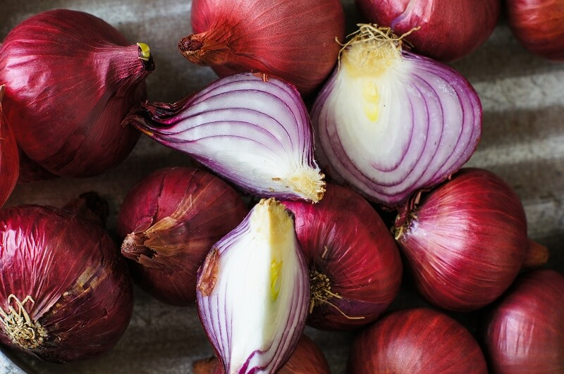 Onion, a superfood with miraculous effects on health - 5 reasons to eat some daily