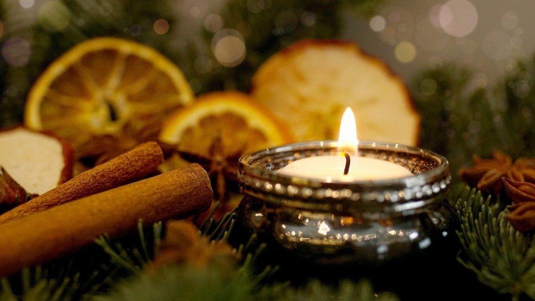 Homemade Christmas fragrance