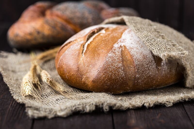 This bread is made with beer instead of yeast, and there is no need to knead it!