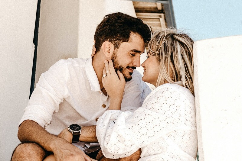 Love and generosity: top 5 zodiac signs that wear their heart on their sleeve in love
