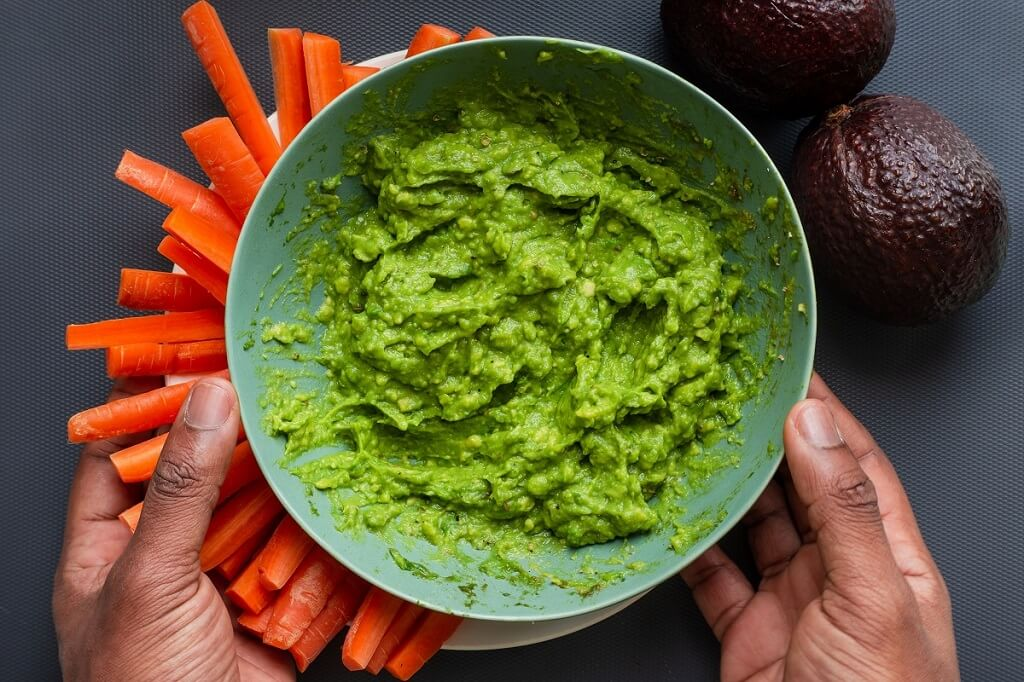 The 2 special ingredients that turn a simple guacamole into a real taste explosion